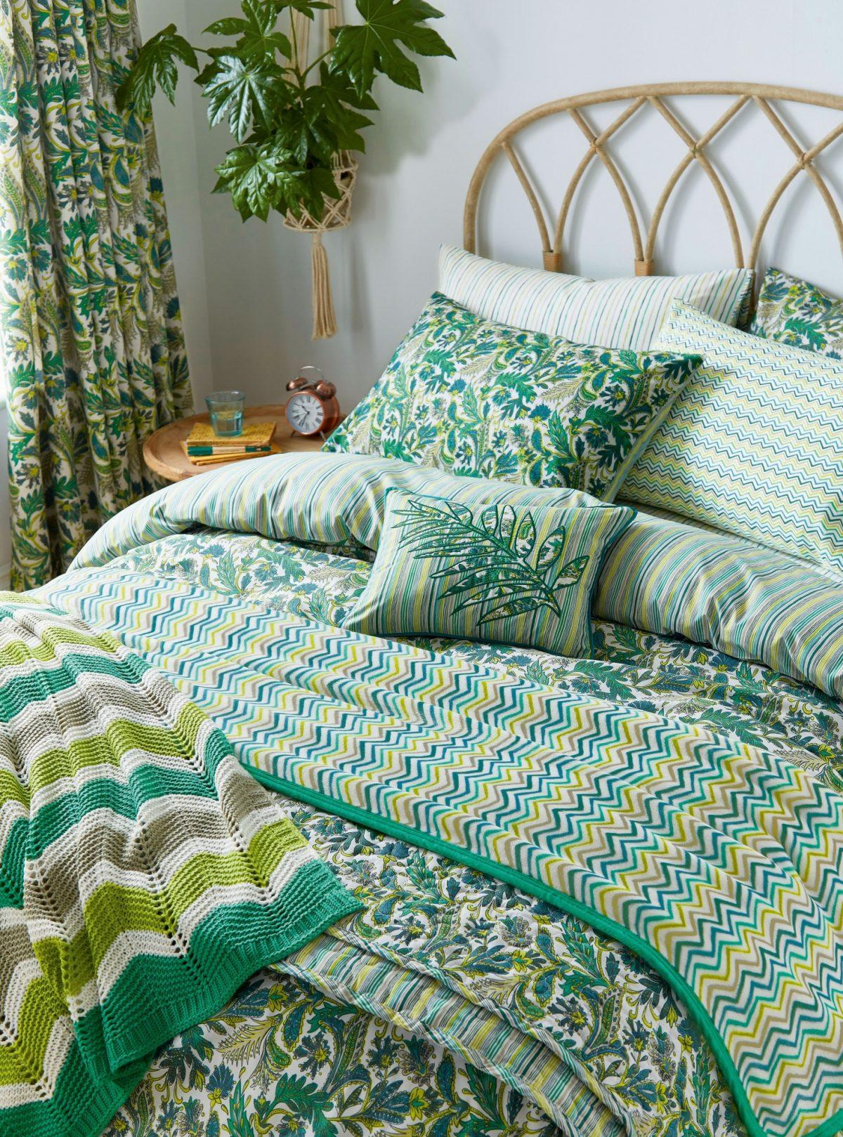 Hs Jacaranda Tropical Main Bed Hr