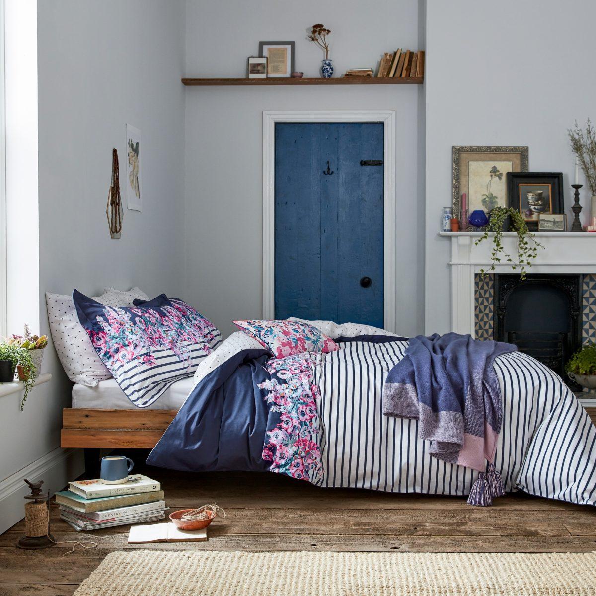 Joules Cottage Garden Border Stripe Main Bed Hr