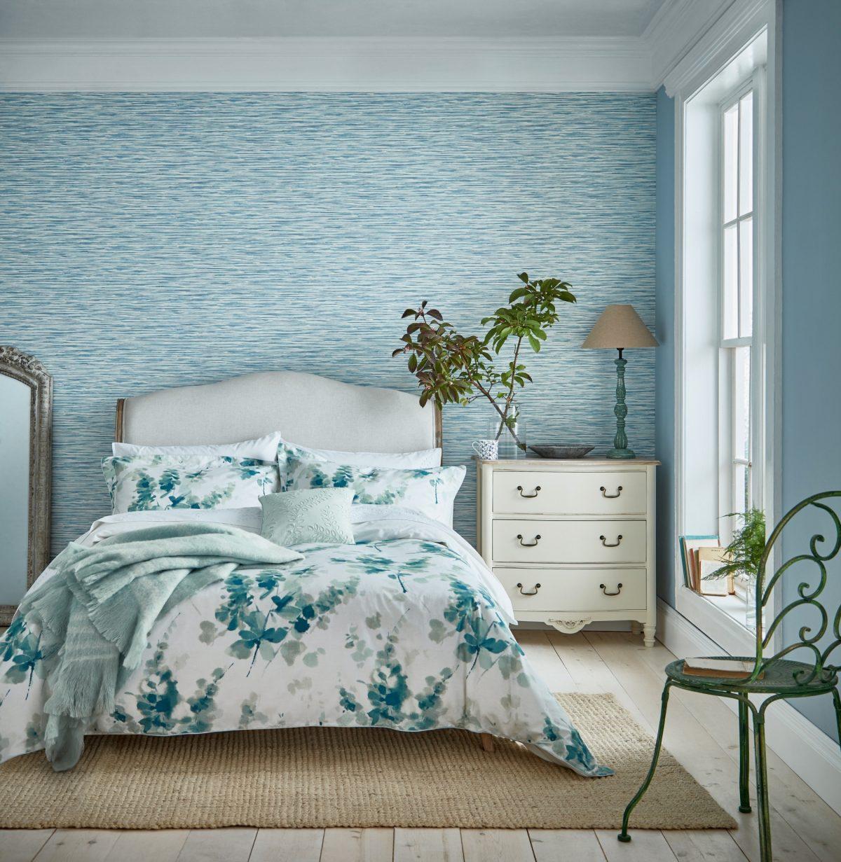 Sanderson Delphiniums Main Bed Hr