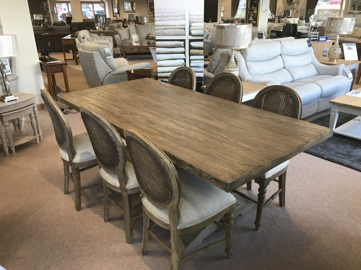 New Haven Table