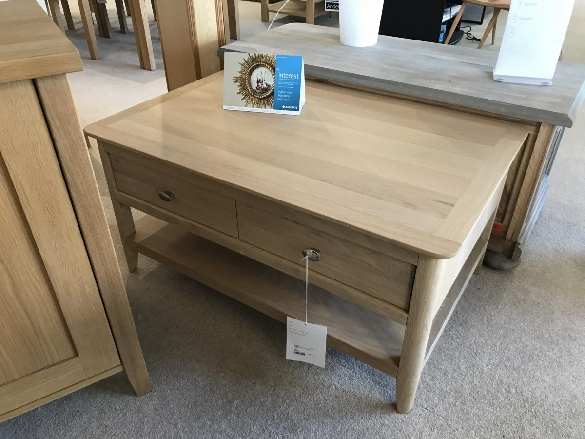 Oxford Table