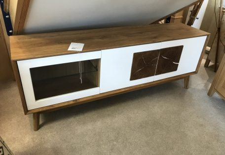 Clemence Tv Unit